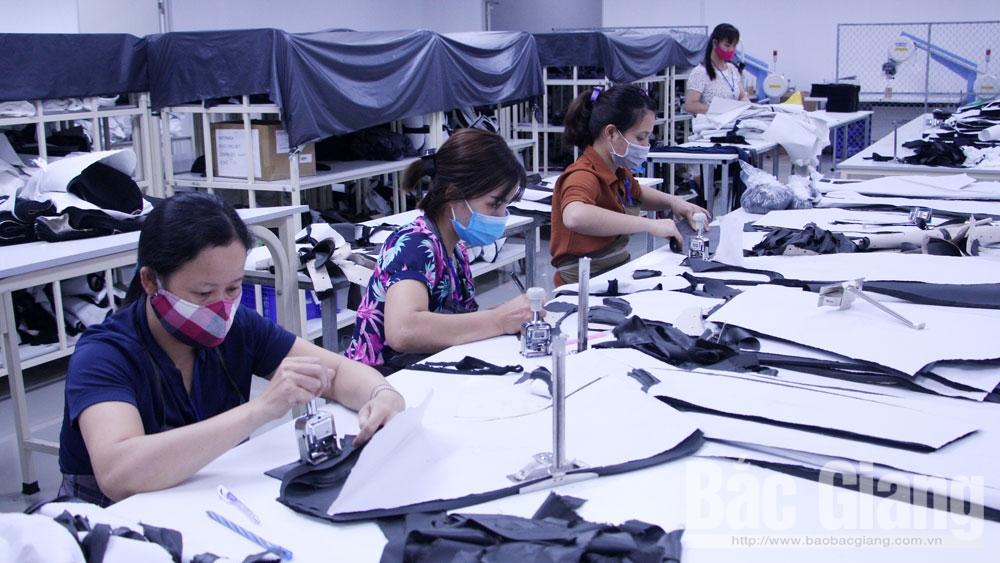 Tăng lương tối thiểu vùng:  Giám sát chặt, bảo đảm quyền lợi người lao động